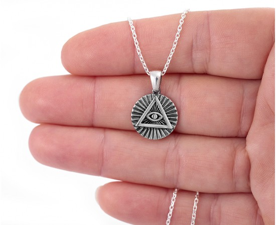 Piramit Kolye Gümüş