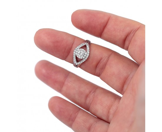 Elmas Modeli Taşlı Gümüş Yüzük